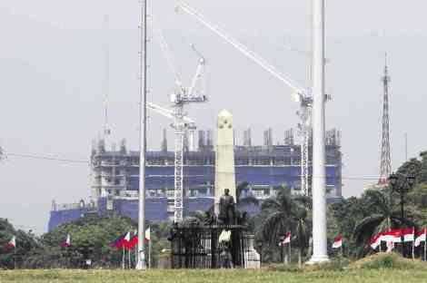 Torre-de-Manila